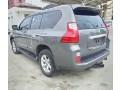 2012-lexus-gx-460-small-4