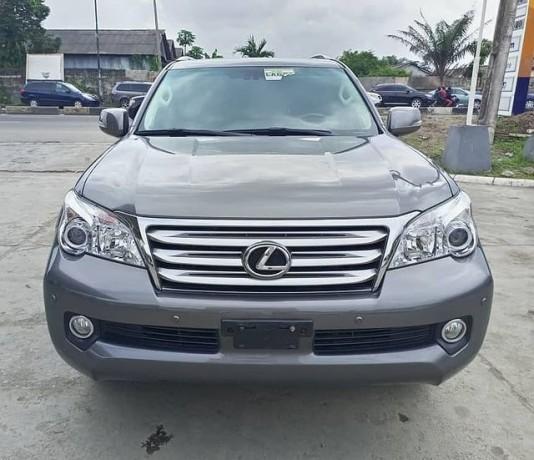 2012-lexus-gx-460-big-0