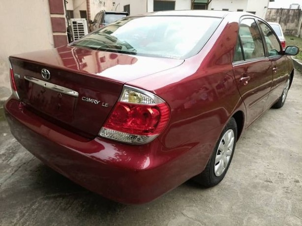 foreign-used-2004-toyota-camry-le-big-4