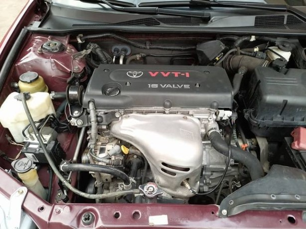 foreign-used-2004-toyota-camry-le-big-1