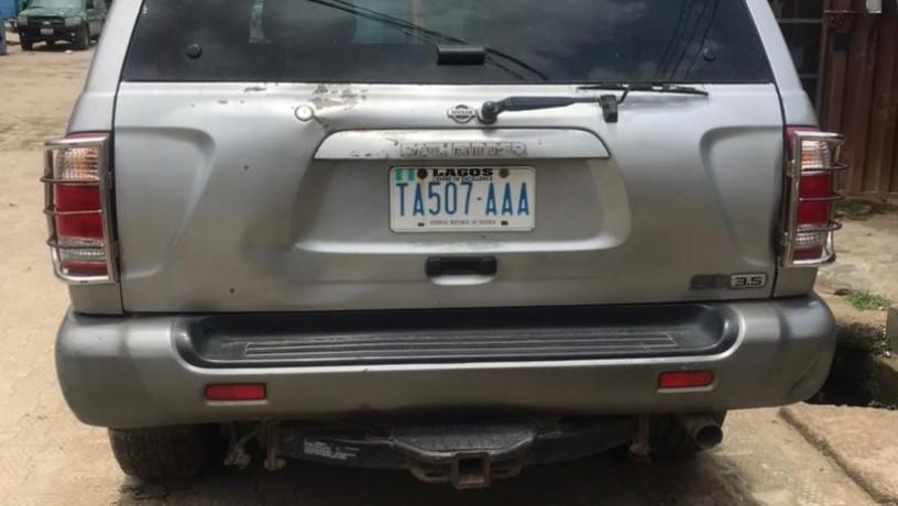 nigeria-used-2001-nissan-pathfinder-big-1