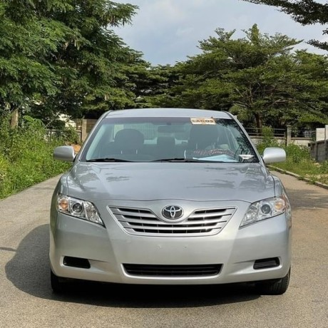foreign-used-toyota-camry-2008-big-0