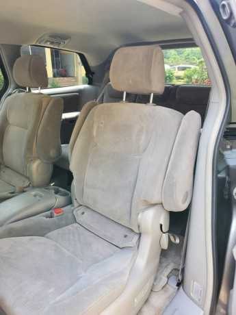 2006-foreign-used-toyota-sienna-le-big-4