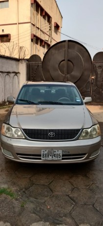 foreign-used-2003-toyota-avalon-big-0