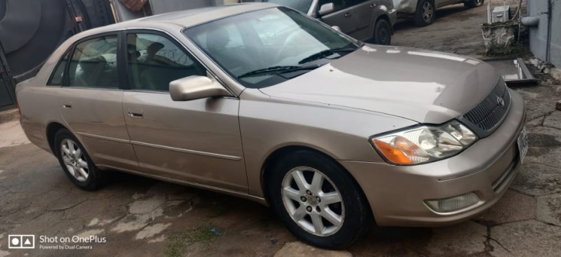 foreign-used-2003-toyota-avalon-big-3