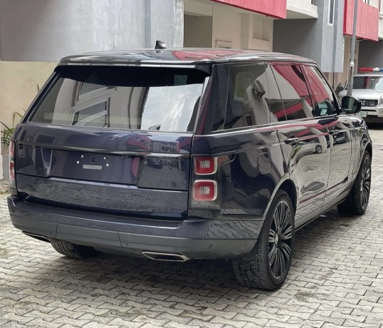 tokunbo-2018-range-rover-vogue-lwb-big-4