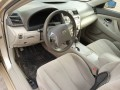 2010-toyota-camry-small-3