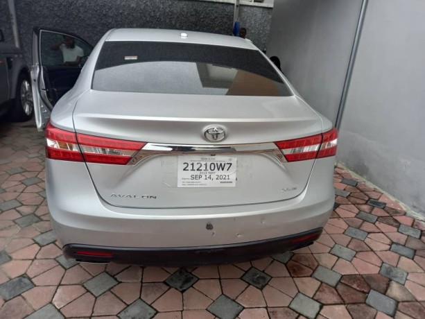 toyota-avalon-2013-model-for-sale-big-3