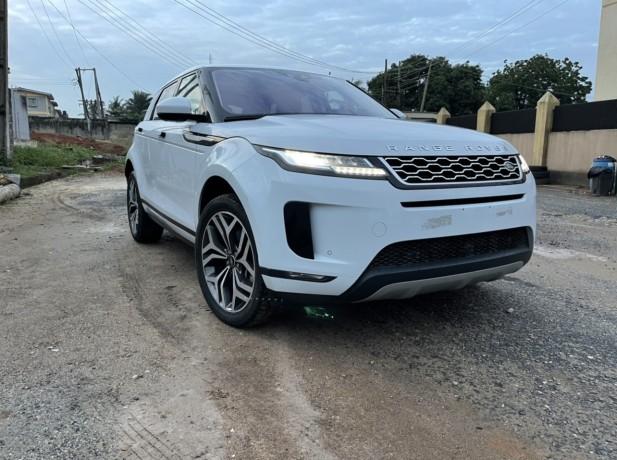 range-rover-evoque-2020-big-3