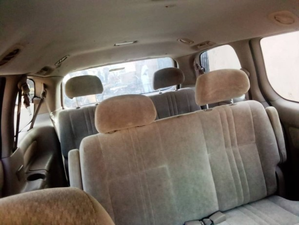 foreign-used-2002-toyota-sienna-big-4