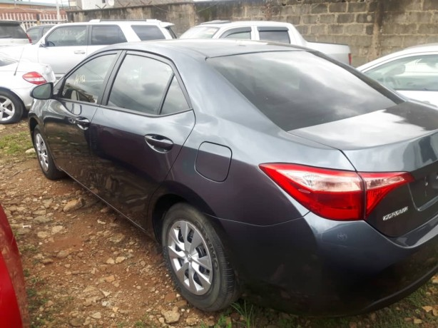foreign-used-2017-toyota-corolla-big-1