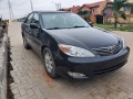 2004-toyota-camry-xle-small-0