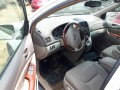 foreign-used-2016-toyota-sienna-xle-small-2