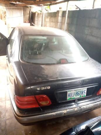 nigerian-used-mercedes-benz-e320-big-1