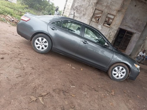 foreign-used-toyota-camry-2011-big-3