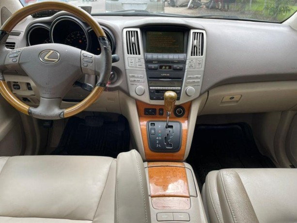 2005-foreign-used-lexus-rx330-big-1