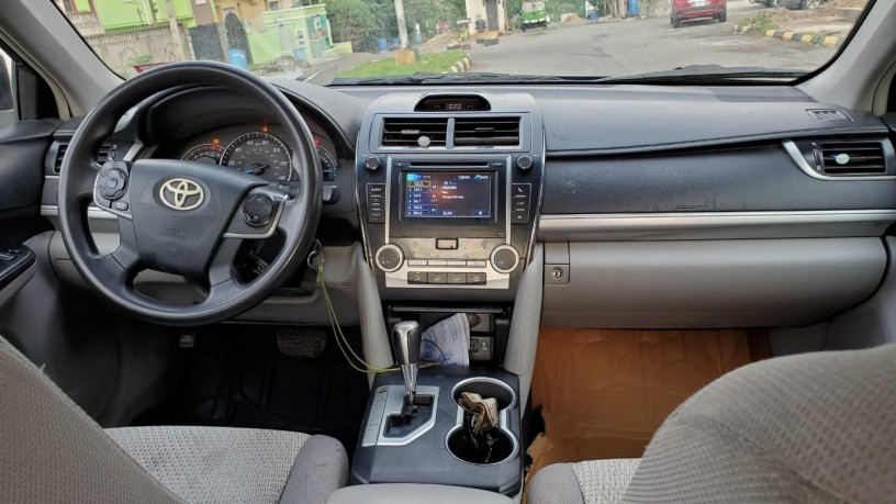 2012-foreign-used-toyota-camry-le-big-1
