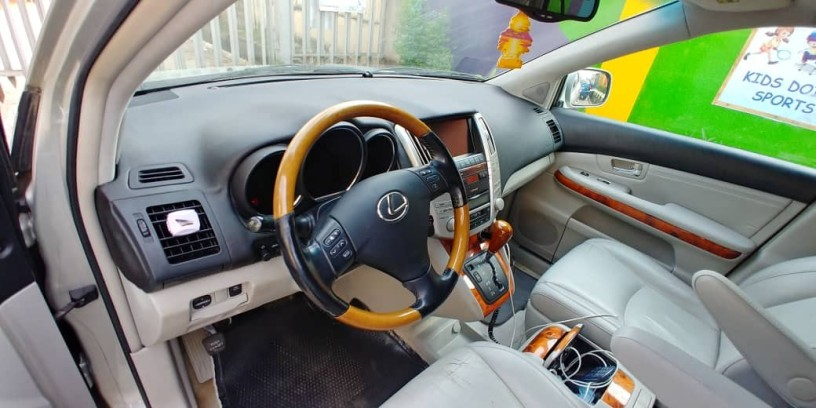 foreign-used-2005-lexus-rx-350-big-2