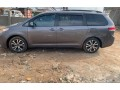 tokunbo-2011-toyota-sienna-le-small-4