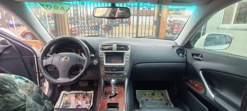 foreign-used-2007-lexus-is250-big-3