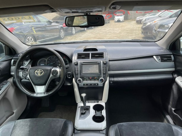 2012-foreign-used-toyota-camry-sport-se-big-1