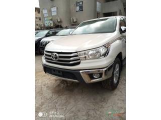 2018 Toyota Hilux tokunbo white